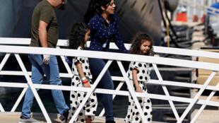 Entre os migrantes resgatados pelo Aquarius e que desembarcaram em Malta, 17 são mulheres e 18 menores de idade.
