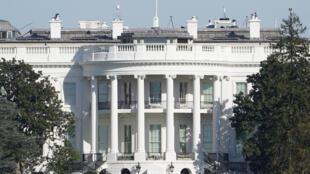 AP20310539883077 Maison Blanche vue façade