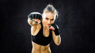 Le boxeur, un exercice efficace pour travailler le cardio