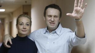 Алексей Навальный сообщил о следах «Новичка» на своем теле.