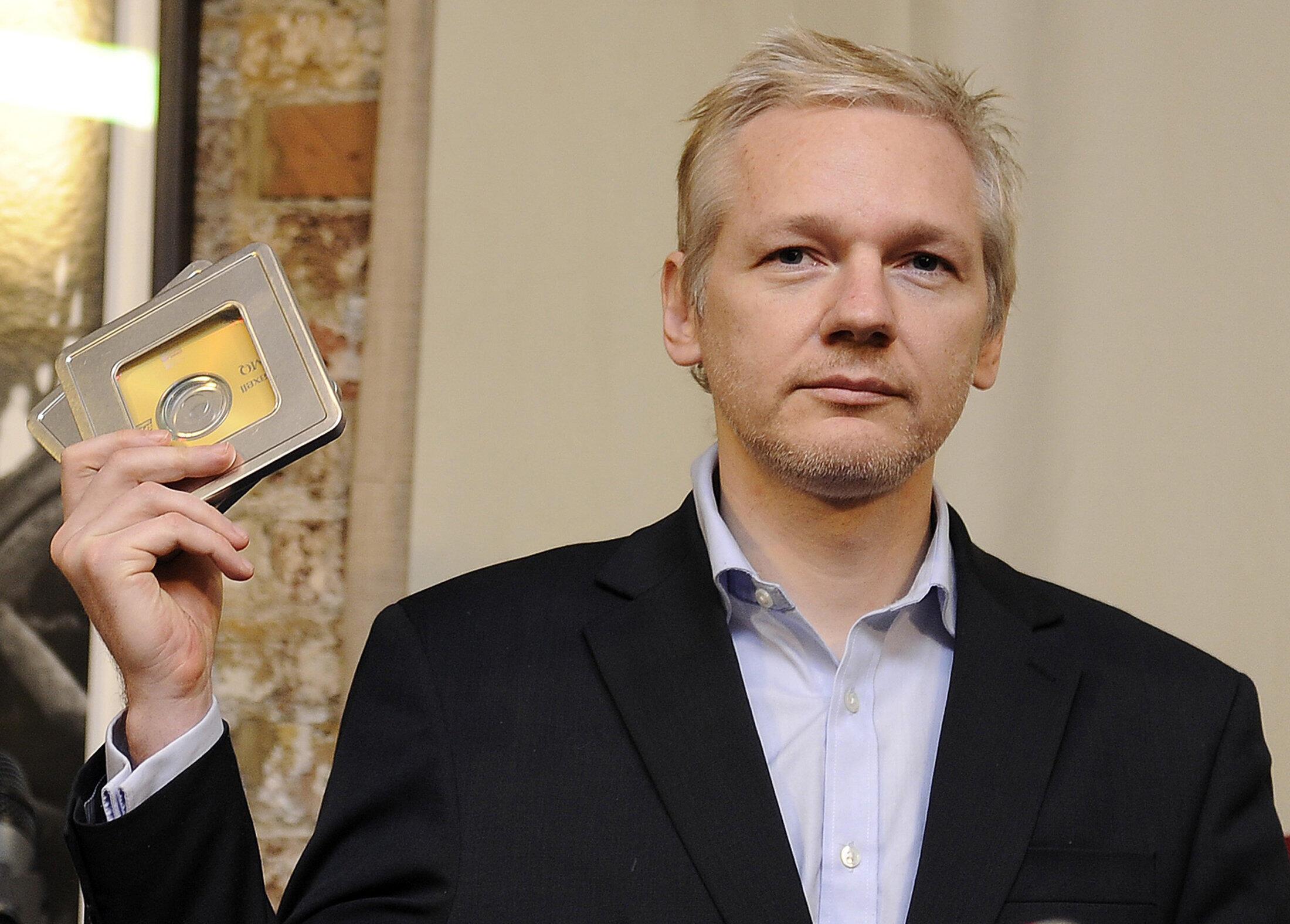 Người sáng lập WikiLeaks, công dân Úc Julian Assange.