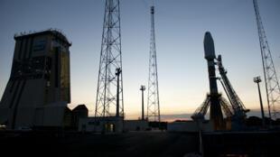В Куру проводятся последние проверки систем «Союза» перед утренним стартом 20 октября.