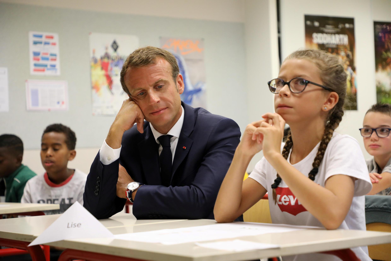 2018年9月3日, 法國總統馬克龍在拉瓦爾的一所殘障中學參加開學典禮。