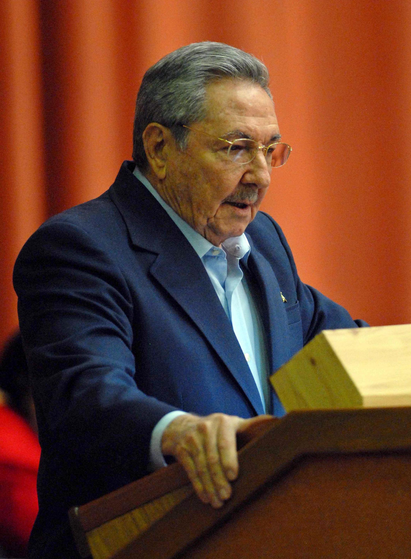 Chủ tịch Cuba Raul Castro phát biểu trước Quốc hội Cuba hôm 23/12/2011.