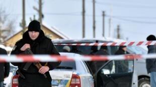 Polisi yachunguza tukio la uhalifu katika mji wa Kniazitchi karibu na mji wa Kiev Jumapili hii Desemba 4, 2016.