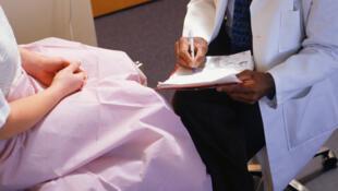 L'hyménoplastie permet aux femmes de retrouver cliniquement une virginité.