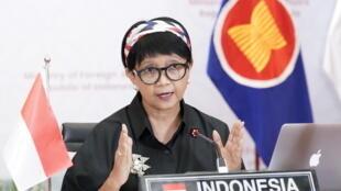 2021-03-02T115303Z_1433690061_RC2Z2M92SUXC_RTRMADP_3_MYANMAR-POLITICS-INDONESIA