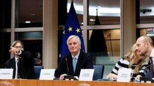 «De bons progrès et le travail se poursuit», a prudemment lâché le négociateur de l'UE Michel Barnier, à Bruxelles, le 16 octobre 2019.