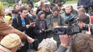 Перед зданием Мосгорсуда 01/10/2012