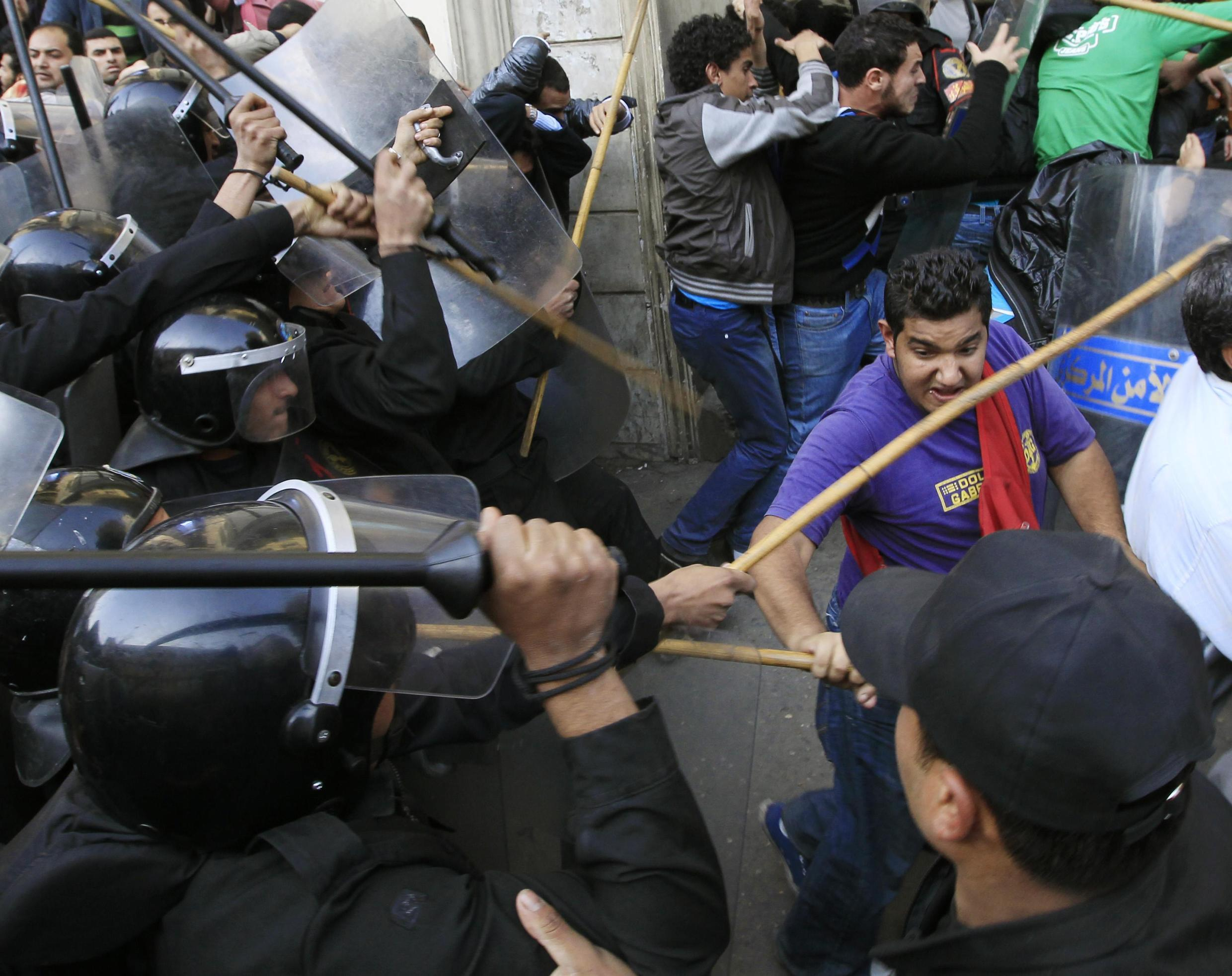 Police clash with demonstrators in Cairo