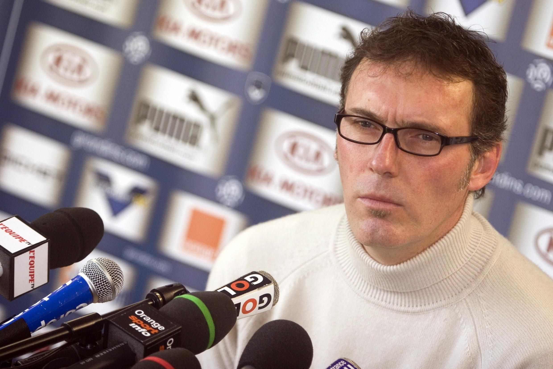 En conférence de presse, Laurent Blanc a dû répondre à de nombreuses questions sur la mauvaise passe traversée par Bordeaux.