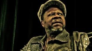 Papa Wemba prépare un nouvel album de zumba à paraître le 20 juin pour prouver que cette musique n'a pas pris une ride depuis son apogée des années 50.