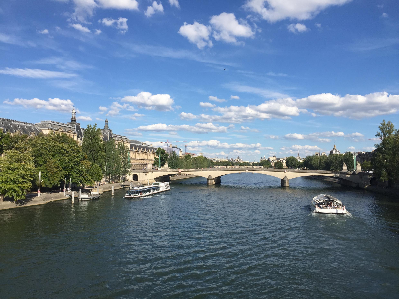 Sông Seine, Paris, tháng 08/2017.