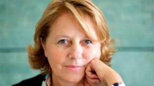 La députée socialiste française Patricia Adam, présidente de la commission de la Défense et des Forces armées.