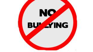 """""""Prohibido el 'bullying' (el acoso)"""""""