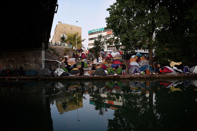 Acampamento Migrantes Aubervilliers