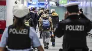 ALLEMAGNE - AEROPORT - POLICE   000_8XK2G4