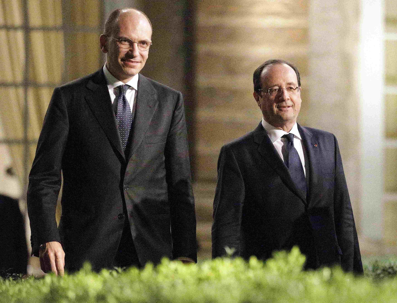 Le Premier ministre italien Enrico Letta et le président français François Hollande, le 20 novembre 2013 à Rome.