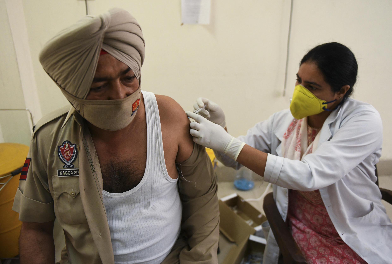 Covid-19 hoành hành tại Amritsar : Ấn Độ có thể trông chờ Mỹ trợ giúp về vac-xin ? Ảnh chụp ngày 21/04/2021.