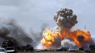 Mapigano yanaendelea kurindima Benghazi kati ya vikosi vya Marshal Khalifa Haftar na wapiganaji wa IS.