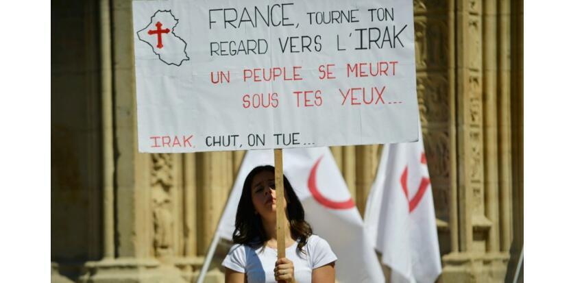 تظاهرات طرافداران مسیحیان عراق در شهر لیون فرانسه
