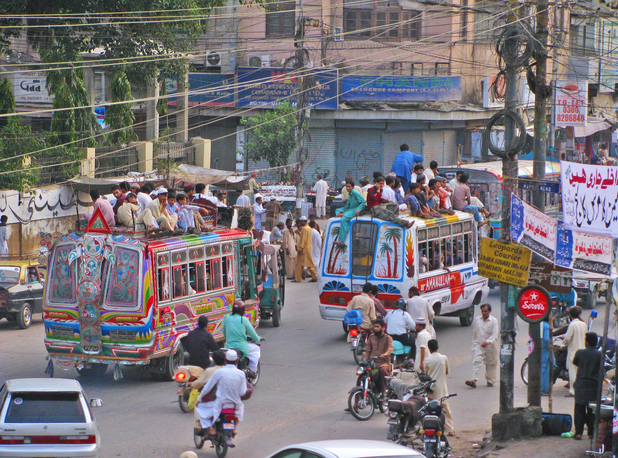 Dans les rues de Karachi.