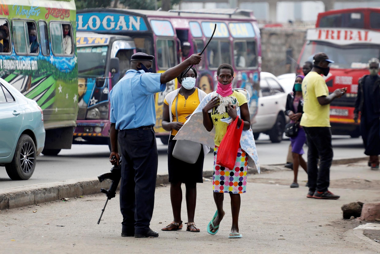 Dans le quartier d'Eastleigh, à Nairobi, où les mesures de restrictions pour lutter contre l'épidémie de coronavirus sont prolongées jusqu'au 6 juin.