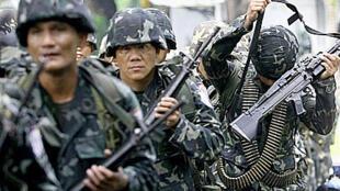 Un contingent de soldats philippins sur le point de partir sur l'île de Basilan. (Archives)