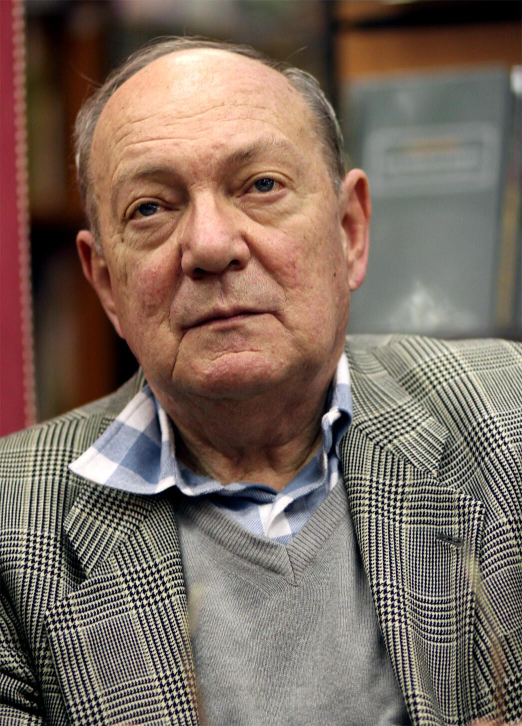 В Париже на 84-м году жизни умер писатель Анатолий Гладилин