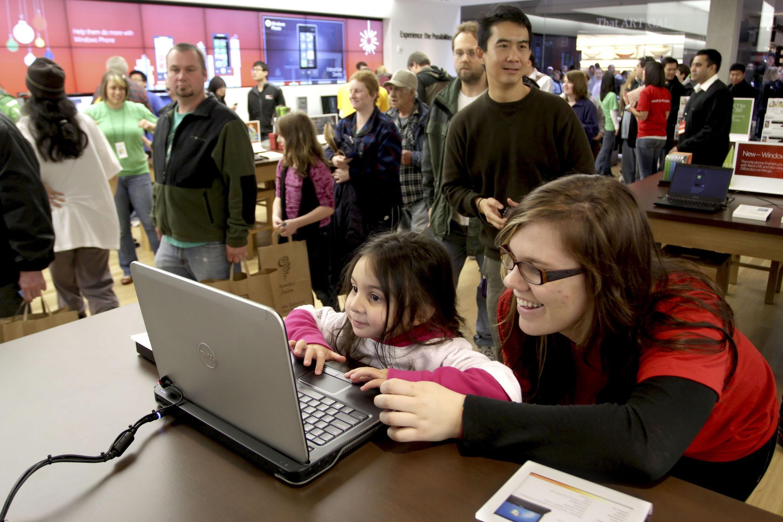 Os early-adopters: pessoas que adotam comportamentos ou produtos antes das outras.