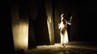 La Rive dans le noir © Christophe Raynaud de Lage