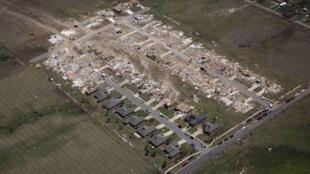 Vista aérea da cidade de Vilonia, localizada no estado americano de Arkansas, nesta  nesta segunda-feira, 28.