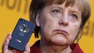 លោកស្រីអង់ហ្គេឡា មែរកិល (Angela Merkel) ប្រមុខរដ្ឋាភិបាលអាល្លឺម៉ង់