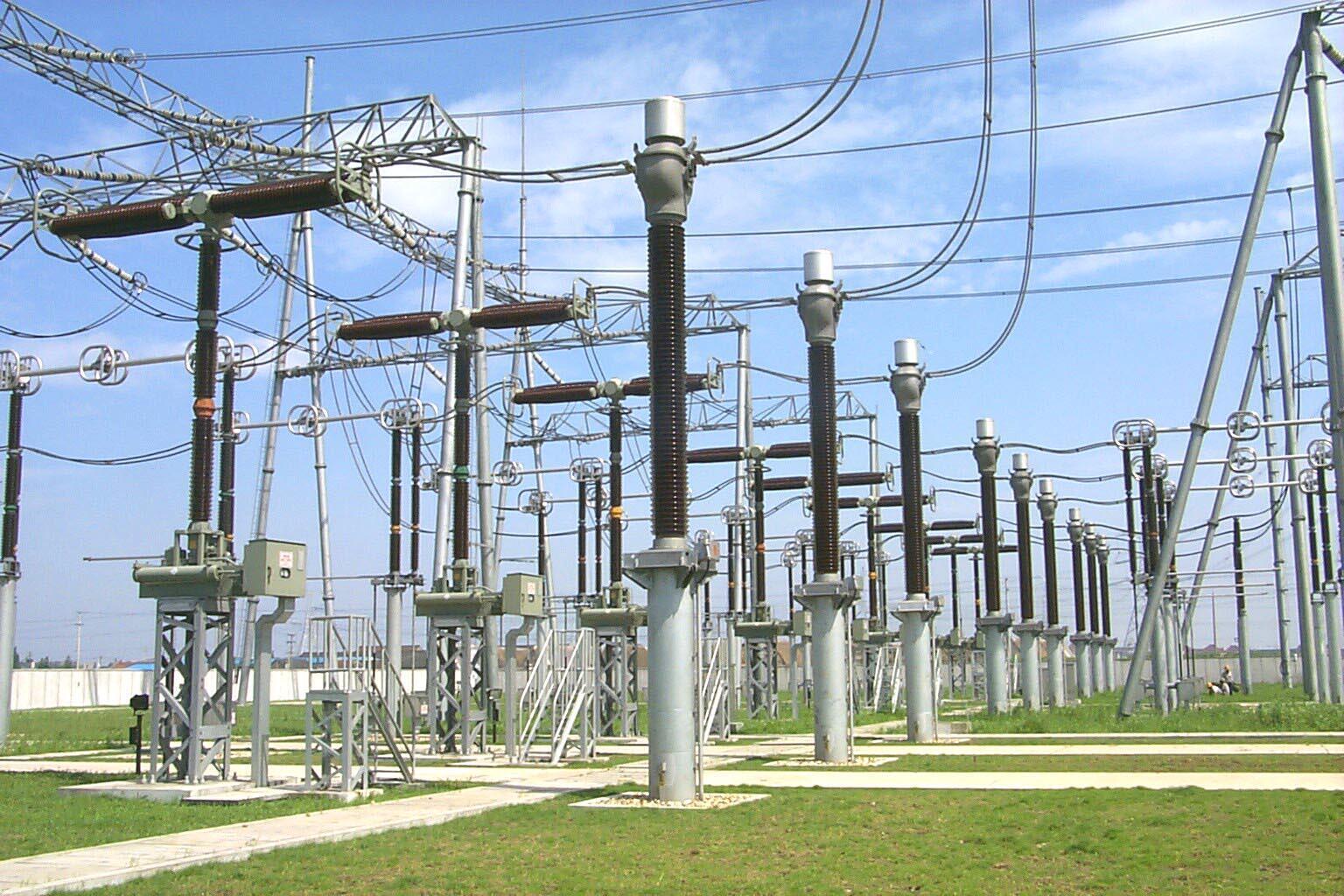 واکنشها به قطعی گسترده برق در ایران از مرزهای کشور فراتر رفته است.