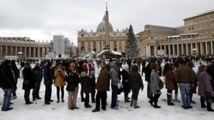 Tòa Thánh Vatican dưới tuyết. Ảnh chụp ngày 04/02/2012