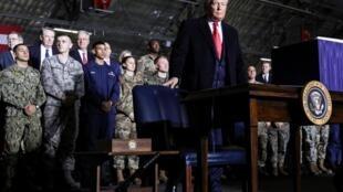 特朗普渡假前签署总额7380亿美元的2020国防授权法2019年12月20日安德鲁基地