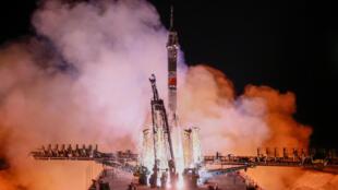Запуск пилотируемого корабля «Союз МС-12» с космодрома Байконур в марте 2019 года