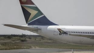 Un avion de la compagnie South African Airways, le 14 mars 2020 à Polokwane, en Afrique du Sud.