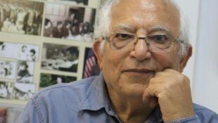 مناشه امیر، روزنامهنگار و تحلیلگر سیاسی