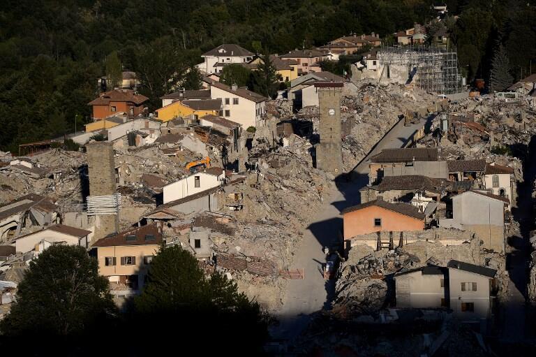 A cidade de Amatrice, no centro da Itália, um ano após o violento terrmoto que devastou a região.