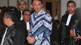 Thống đốc Jakarta Basuki Tjahaja Purnama trong phiên xử ngày 09/05/2017.