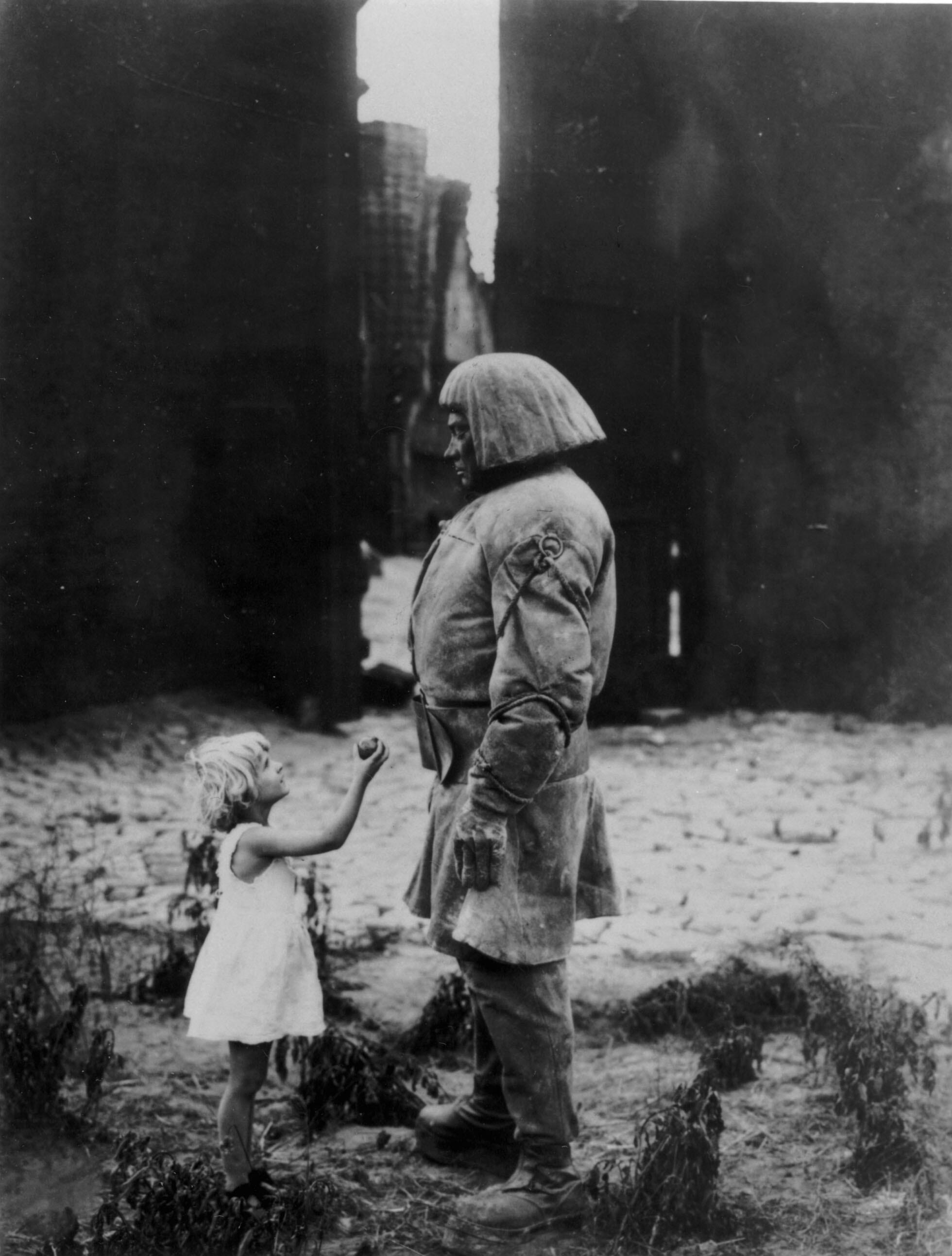 Пауль Вегенер, «Голем, как он пришел в мир», 1920