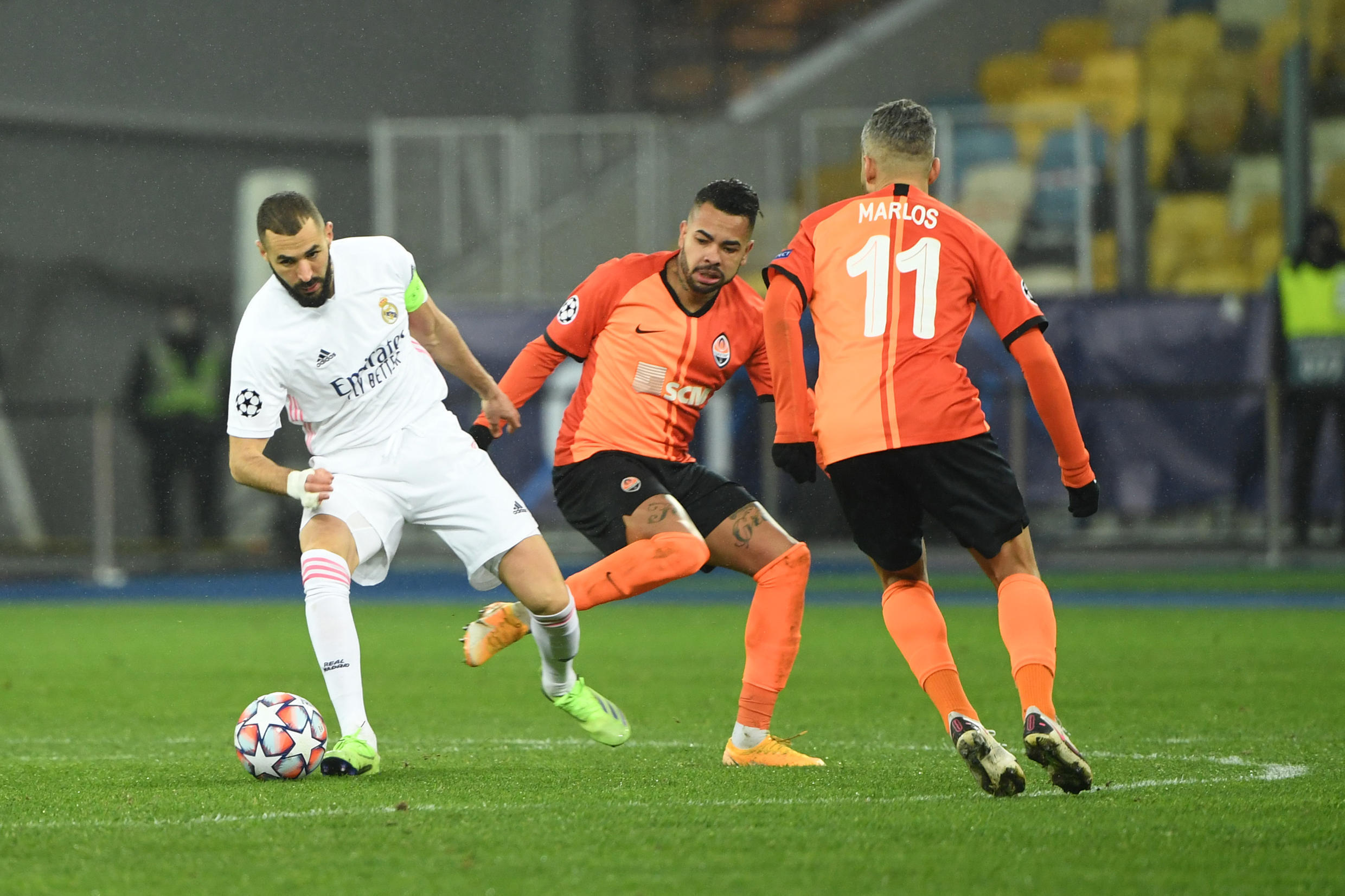 Dentinho (C) scored the first goal for Shakhtar Donetsk as they beat Real Madrid for the second time in this season's Champions League