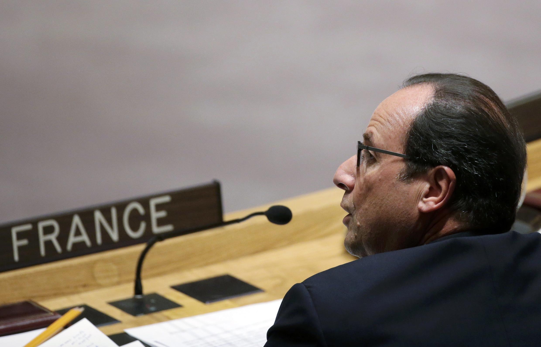 O presidente francês François Hollande denunciou nesta quarta-feira(24) o assassinato cruel e covarde do refém francês.
