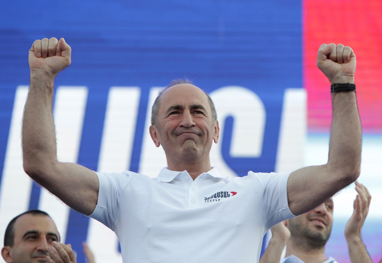 Роберт Кочарян на митинге 18 июня 2021.
