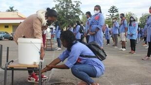 Depuis le début de l'épidémie de Covid-19, seuls les élèves en classe d'examen ont pu partiellement reprendre les cours à Madagascar.