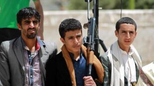 Milicianos xiitas Houthi contam com apoio dos iranianos.
