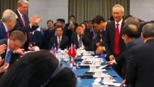 中美这次谈判意义重大级别只是副部级,但中国国务院副总理刘鹤意外出现,让美方代表惊奇。