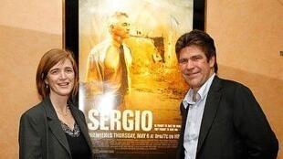 """Samantha Power, autora do livro 'Chasing the Flame: Sérgio Vieira de Mello"""", e o diretor do documentário Greg Barker"""