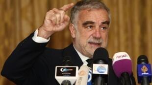 Luis Moreno-Ocampo, le procureur général de la Cour pénale internationale (CPI) à Tripoli, le samedi 21 avril 2012.